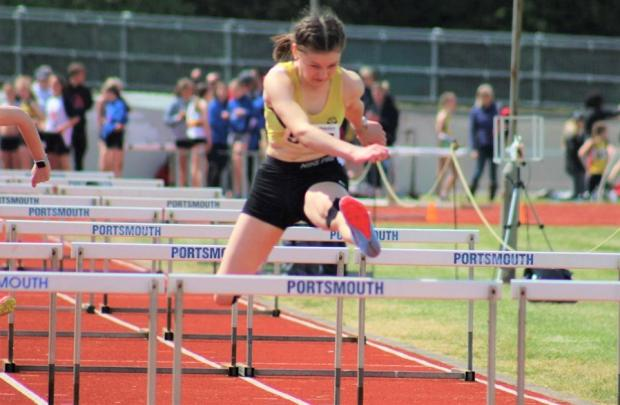 Isle of Wight County Press: Eden Canning in the final of the 80m hurdles.